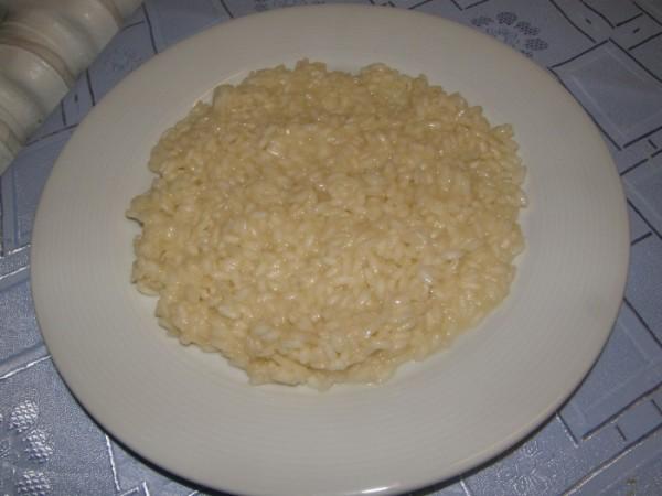 Risotto Parmigiano (základní parmazánové rissoto)