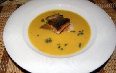 Jemný rybí krém se šafránem