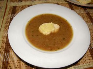 cibulačka z karamelizované cibule