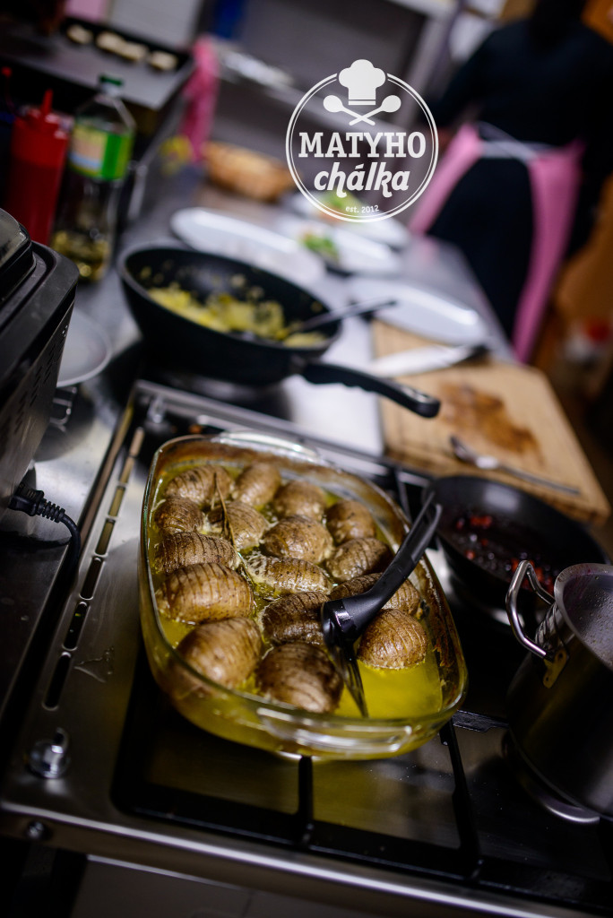 Brambory pečené 90 minut v másle